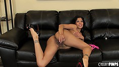 Well-proportioned prostitute Alexis Amore is playing the slots