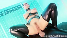 She's a dirty cop who loves to get down and dirty in latex gear