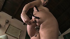 Insatiable starlet is addicted to getting her asscrack stretched