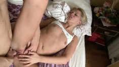 Platinum blonde broad gets her tight bubble butt wrecked in bed