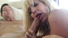 Tara Holiday gets that cougar pussy slammed down to the balls