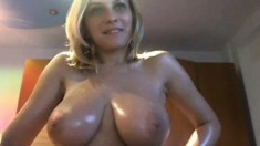 Amateur Big Boobs On Webcam