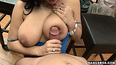 After slurping cock like the slut she is Angelica Raven gets her muff licked