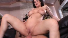 Curvy brunette mom Stephanie Wylde loves to get fucked by a young stud