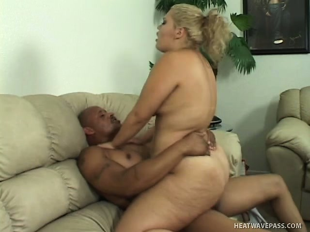 Free Mobile Porn & Sex Videos & Sex Movies - Busty Babe Vanessa Lee Moves On  Top Of Her Black Lover And Rides His Huge Dick - 376243 - ProPorn.com