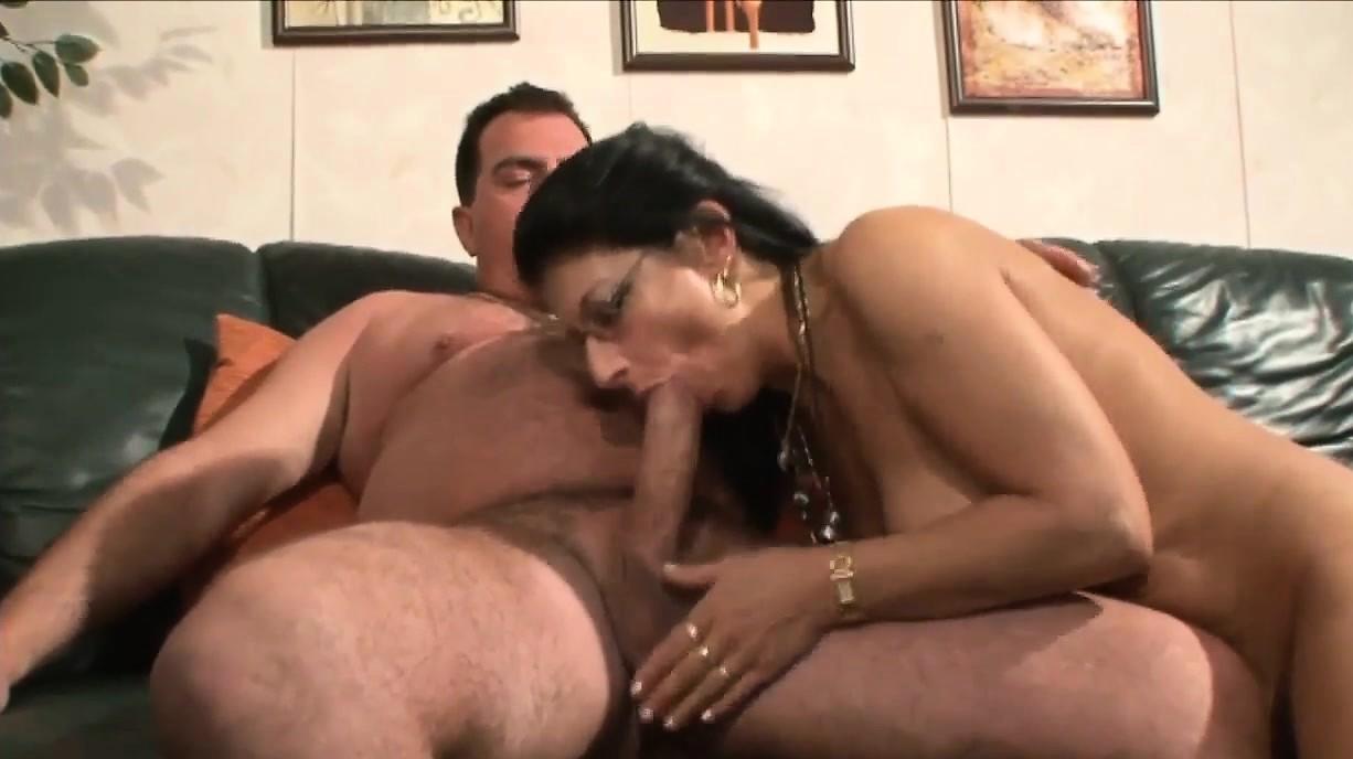 Big Tit Lesbian Sucking Boobs