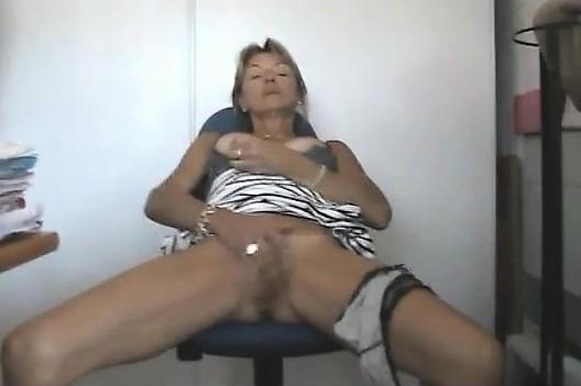 Outdoor lesbin fucker masturbation