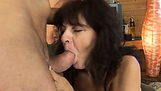 Mature Wife Blowjob And Cumshot