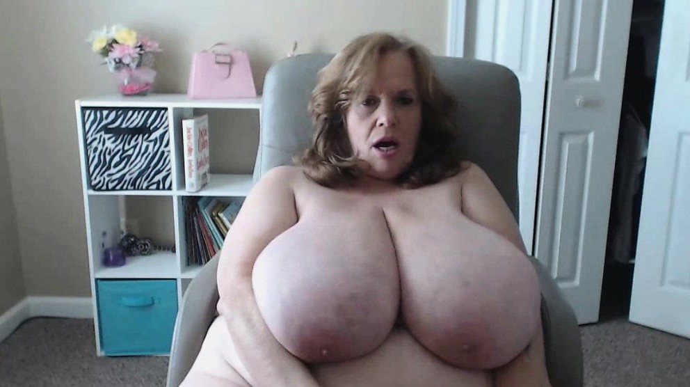 Natural tits grannies movies