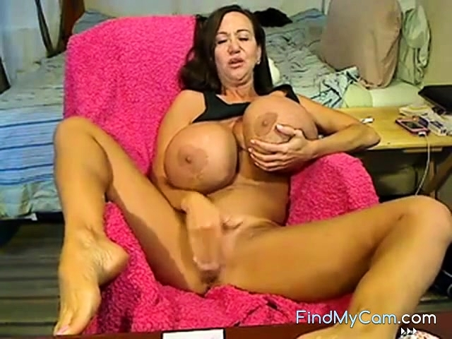 Free Mobile Porn Sex Videos Sex Movies Webcam Giant Tits Busty Mature 474103 Proporn Com