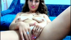 teen beauty having fun on cam