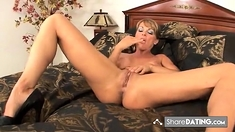 Brunette mom makes herself cum