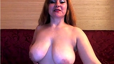 Milf Showing Big Tits And Ass On Webcam